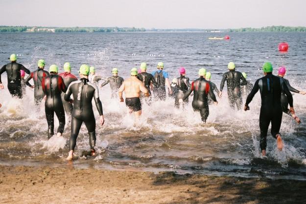Comme pour un départ de triathlon, le plus dûr est de commencer...